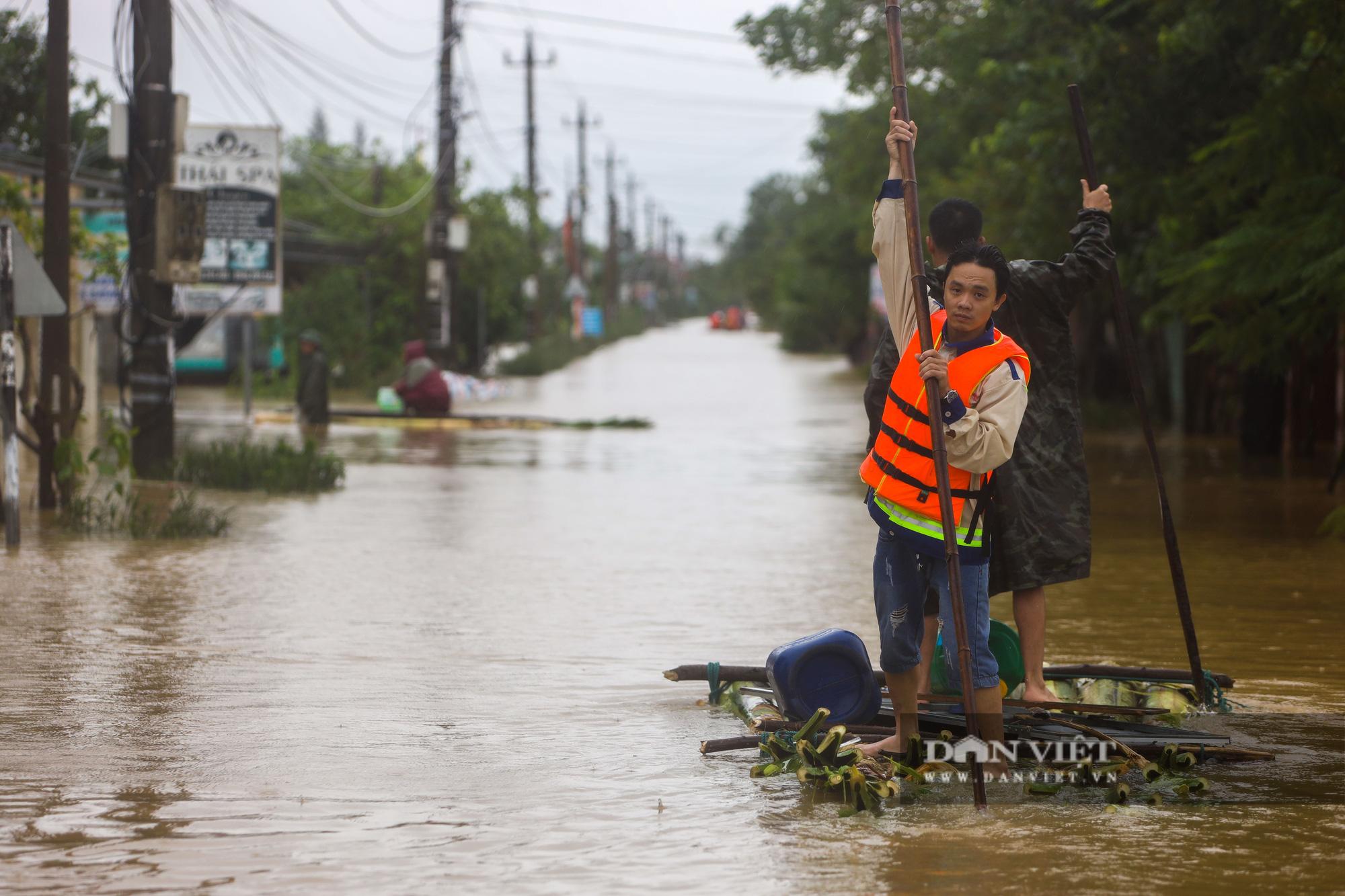 Cảnh vật vã sinh tồn mùa mưa lũ của người dân huyện Lệ Thủy - Ảnh 3.