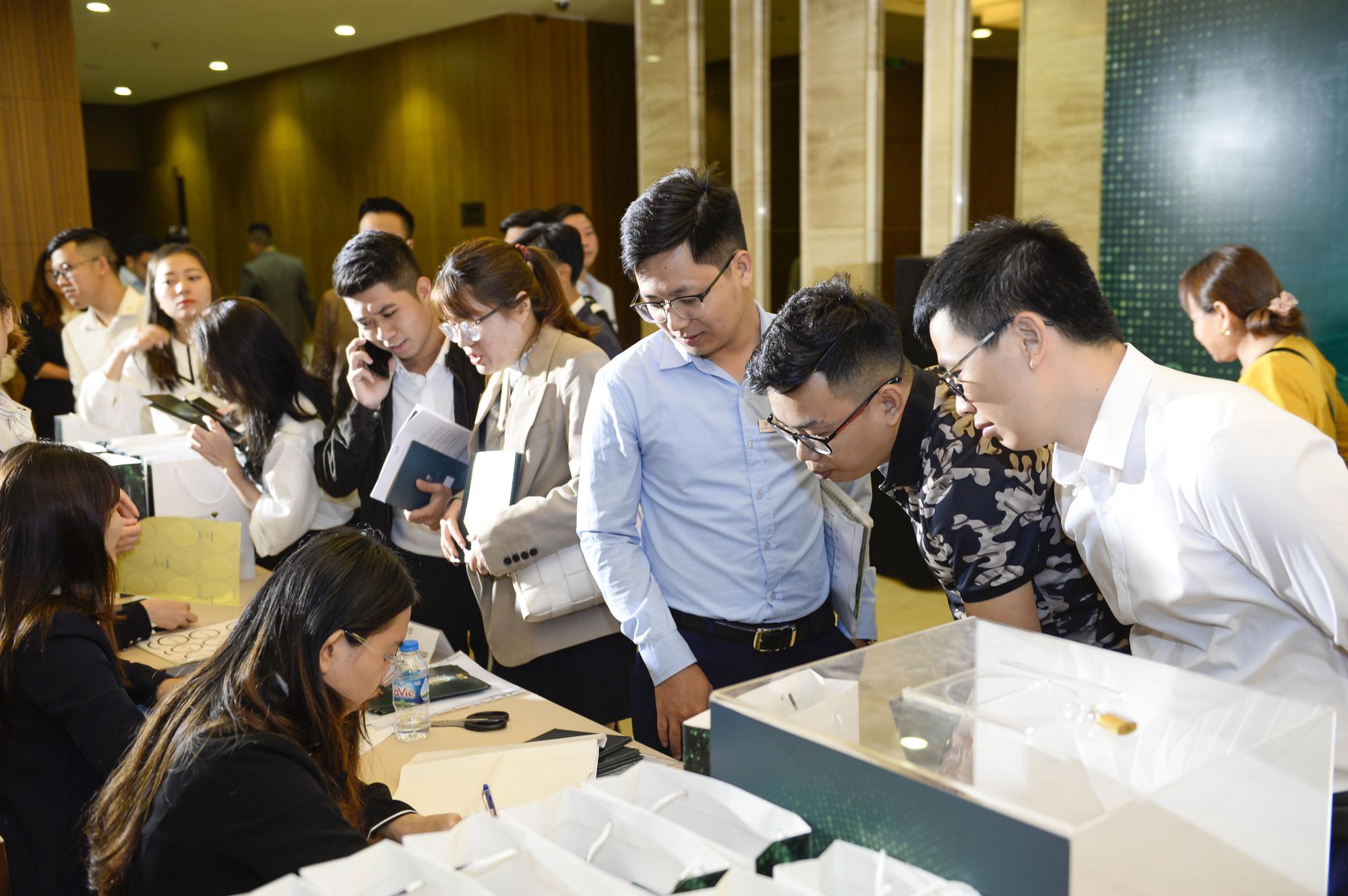 """Quảng Ninh: """"Kiệt tác công nghệ xanh"""" Green Diamond gây sốt thị trường miền Bắc - Ảnh 3."""