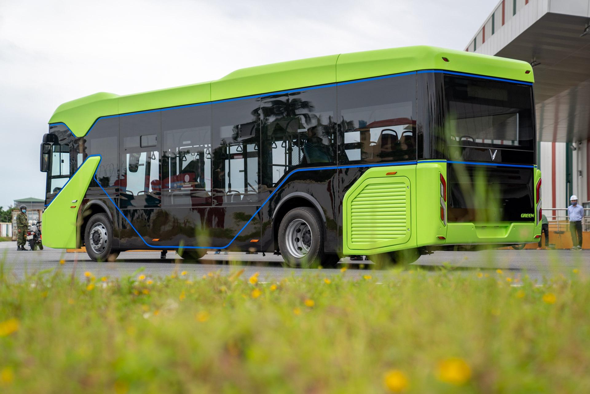 Vingroup chính thức chạy thử nghiệm xe buýt điện VinFast - Ảnh 4.