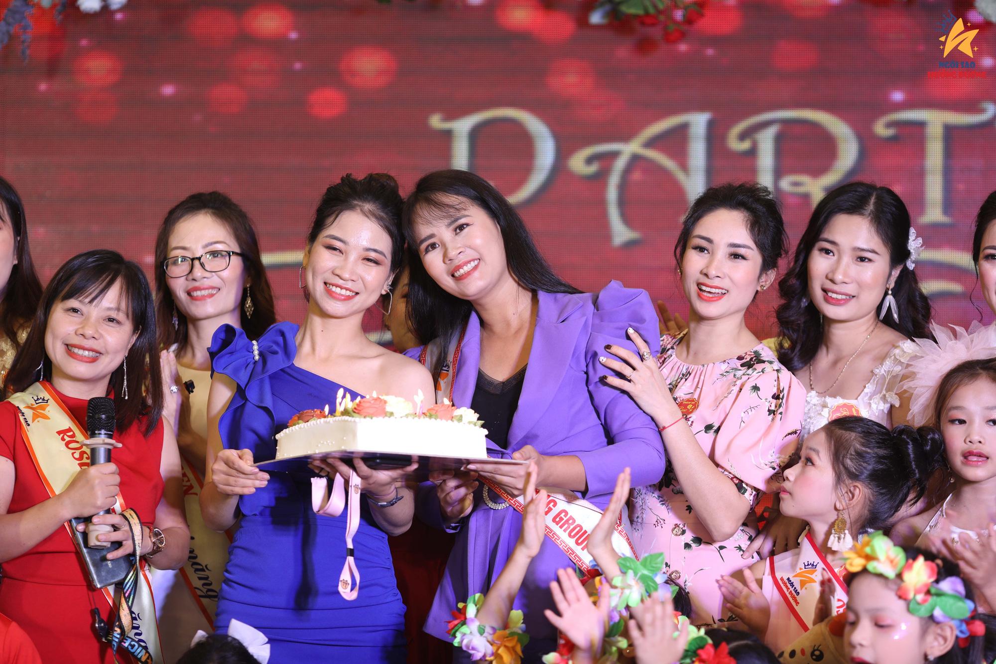 Nhà thơ Phạm Thị Ngọc Thanh làm thơ tặng phụ nữ nhân dịp 20/10 - Ảnh 2.
