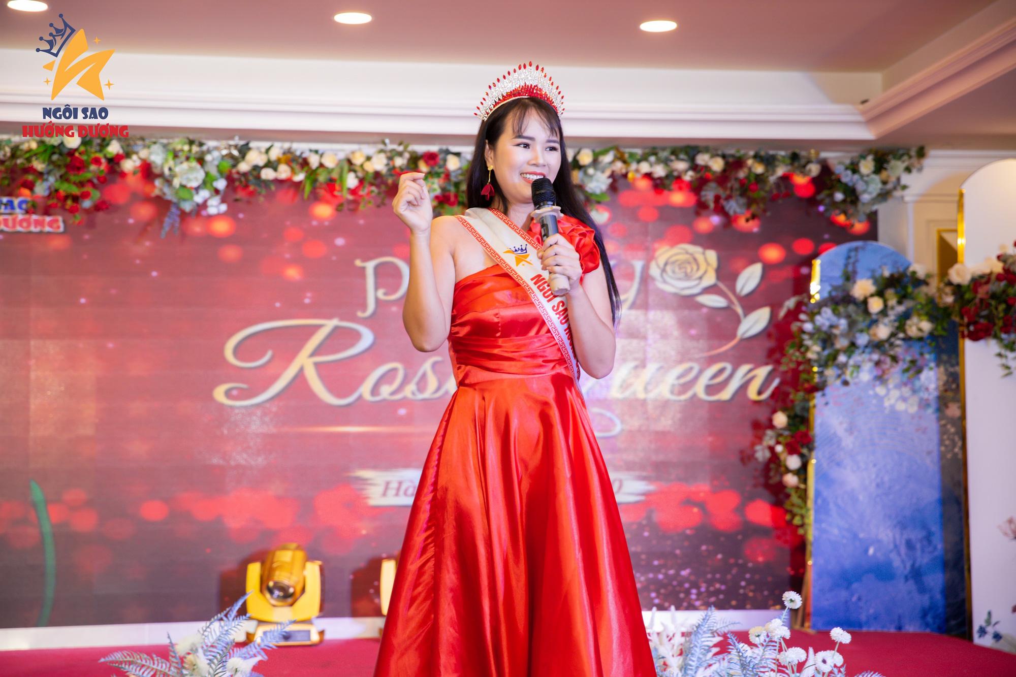 Nhà thơ Phạm Thị Ngọc Thanh làm thơ tặng phụ nữ nhân dịp 20/10 - Ảnh 3.