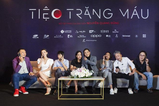 """Khán giả suất chiếu đầu tiên của """"Tiệc trăng máu"""" nô nức chấm điểm tối đa, rời rạp các netizen vội review """"nóng"""" - Ảnh 2."""