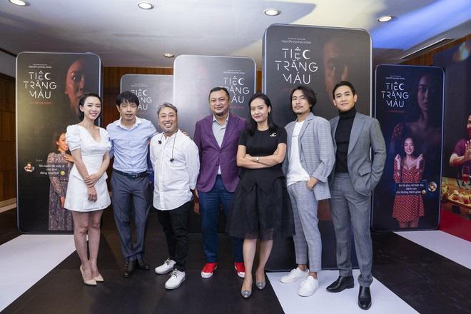 """Khán giả suất chiếu đầu tiên của """"Tiệc trăng máu"""" nô nức chấm điểm tối đa, rời rạp các netizen vội review """"nóng"""" - Ảnh 3."""