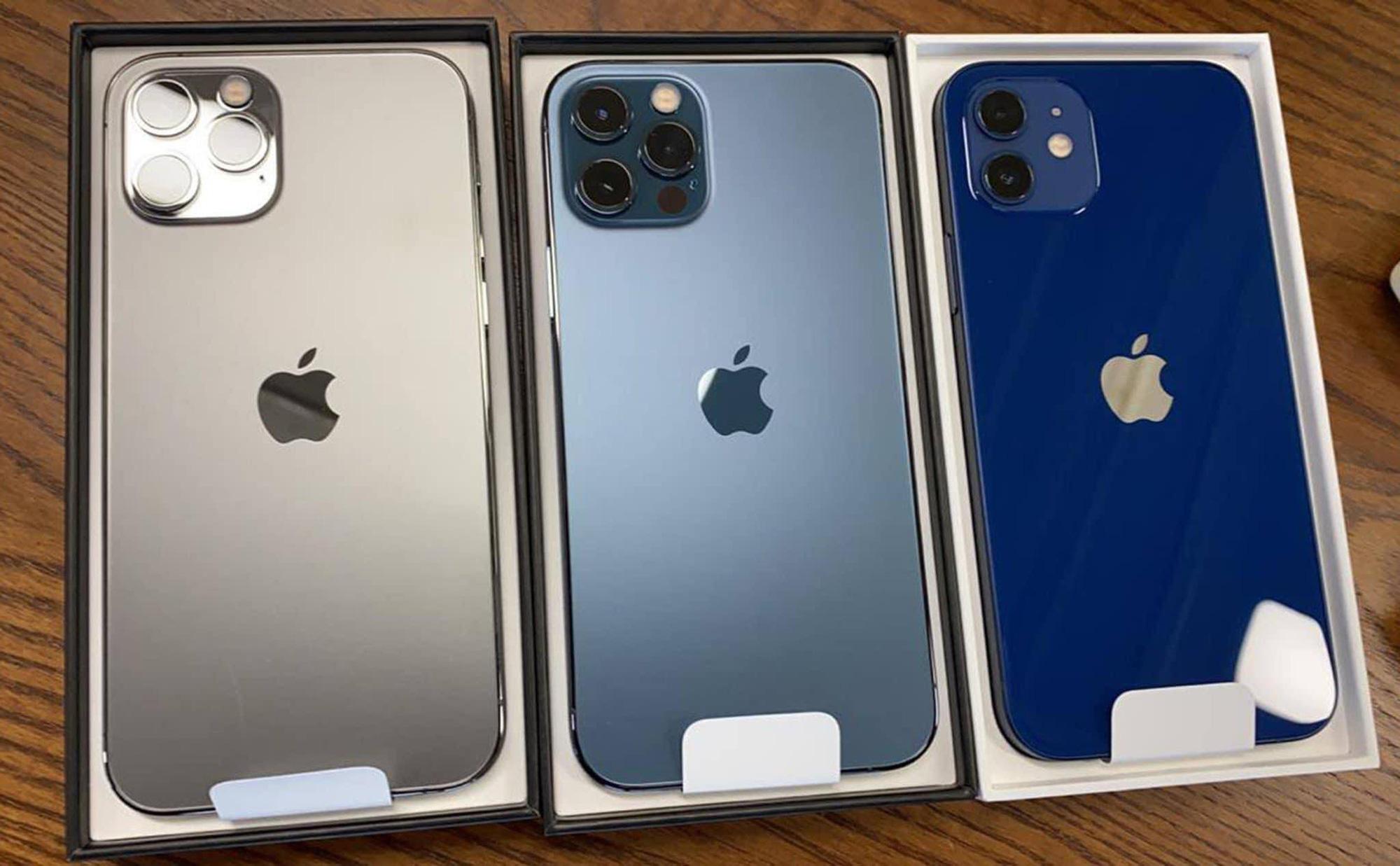 """Dân buôn iPhone xách tay """"cóng"""" trước ngày iPhone 12 mở bán - Ảnh 1."""