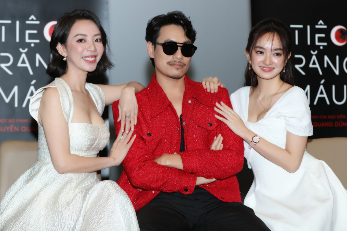 """Khán giả suất chiếu đầu tiên của """"Tiệc trăng máu"""" nô nức chấm điểm tối đa, rời rạp các netizen vội review """"nóng"""" - Ảnh 5."""
