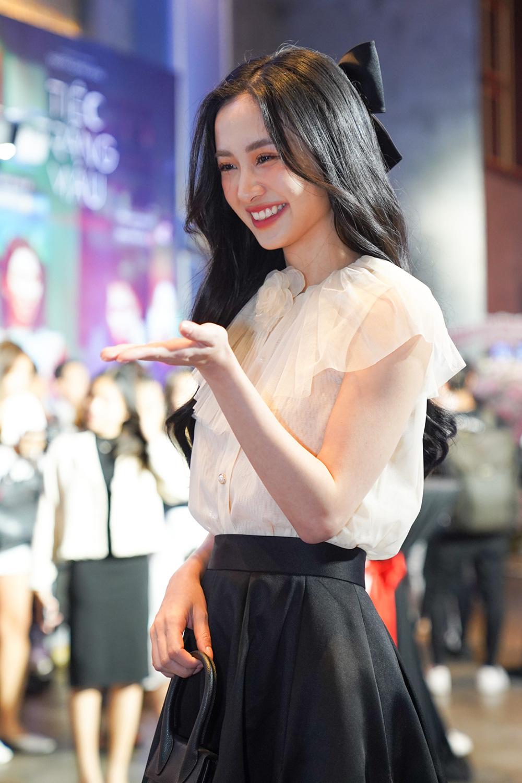 """Khán giả suất chiếu đầu tiên của """"Tiệc trăng máu"""" nô nức chấm điểm tối đa, rời rạp các netizen vội review """"nóng"""" - Ảnh 7."""