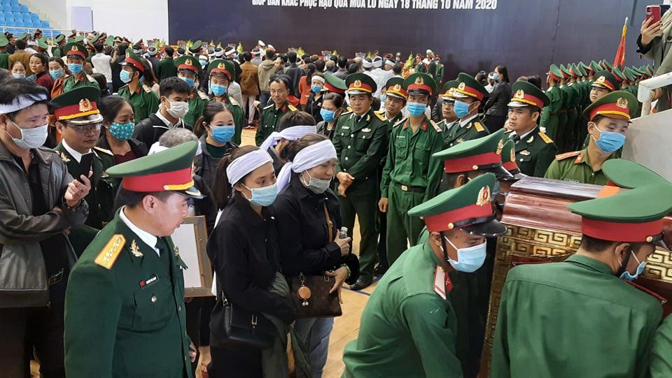 Tiếng hát ru con tiễn biệt của người mẹ liệt sĩ Đoàn 337 hy sinh tại Quảng Trị  - Ảnh 3.