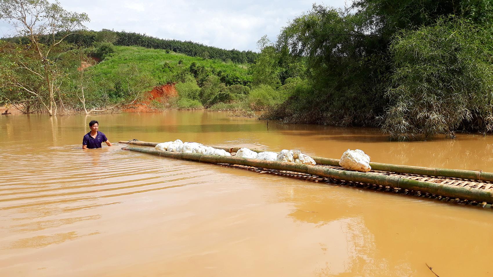 Thủy điện tích nước vô lối ở tỉnh Kon Tum: Hỏa tốc yêu cầu chủ đầu tư dừng tích nước - Ảnh 2.