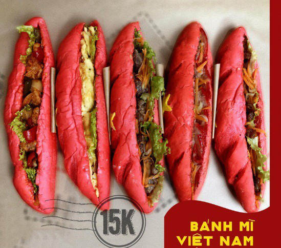 Bánh mì mang màu sắc quốc kỳ Việt Nam có gì đặc biệt mà dân tình sốt xình xịch lùng mua? - Ảnh 5.