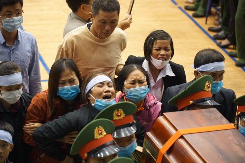 Lễ di quan 22 liệt sĩ Đoàn 337 hy sinh do sạt lở tại Quảng Trị  - Ảnh 7.