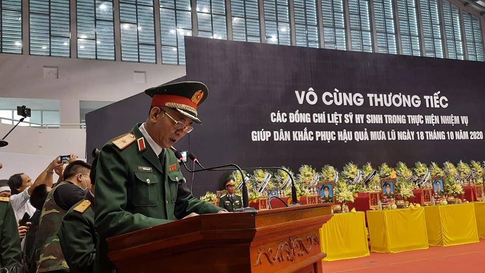 Lễ di quan 22 liệt sĩ Đoàn 337 hy sinh do sạt lở tại Quảng Trị  - Ảnh 8.