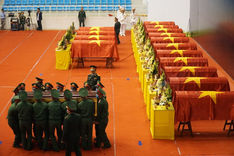 Lễ di quan 22 liệt sĩ Đoàn 337 hy sinh do sạt lở tại Quảng Trị  - Ảnh 9.