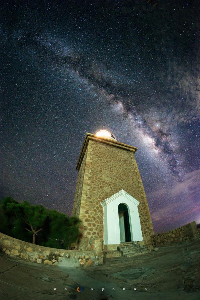 Chiêm ngưỡng dải ngân hà đẹp như phim ở Mù Cang Chải - Ảnh 9.