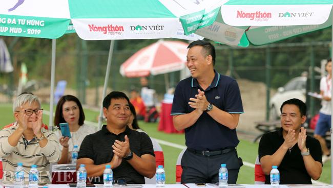 """BLV Ngô Quang Tùng: """"Giải bóng đá báo NTTNN/Dân Việt giúp giới báo chí hiểu nhau hơn"""" - Ảnh 1."""