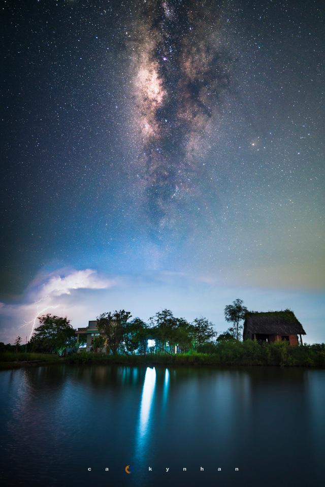 Chiêm ngưỡng dải ngân hà đẹp như phim ở Mù Cang Chải - Ảnh 8.