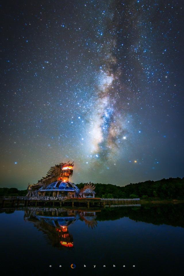 Chiêm ngưỡng dải ngân hà đẹp như phim ở Mù Cang Chải - Ảnh 10.