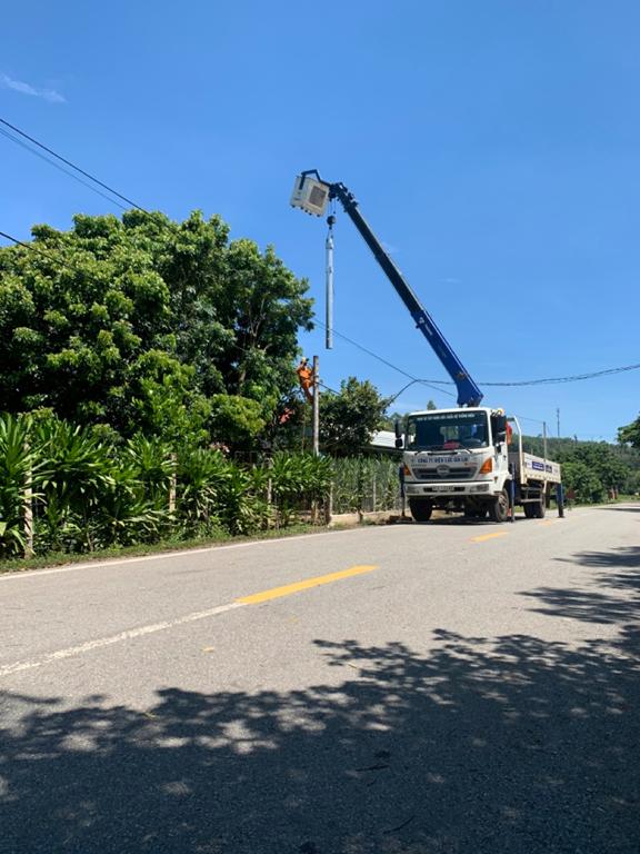 Điện lực Kbang (PC Gia Lai) nỗ lực cùng địa phương hoàn thành tiêu chí số 4 trong xây dựng nông thôn mới - Ảnh 2.