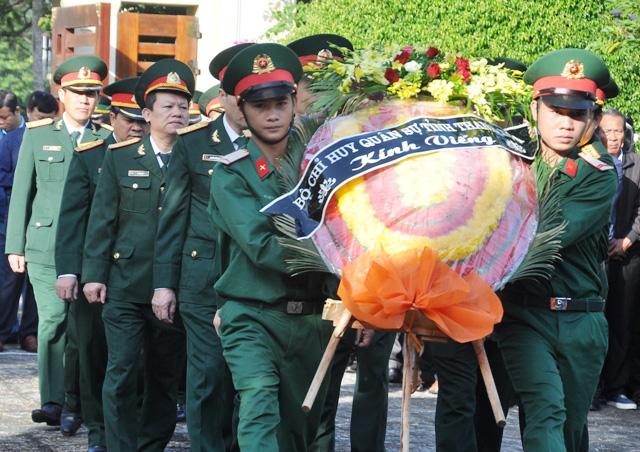 Lễ viếng, truy điệu ở quê nhà đại tá Lê Văn Quế, 1 trong 22 liệt sĩ đoàn 337  - Ảnh 5.