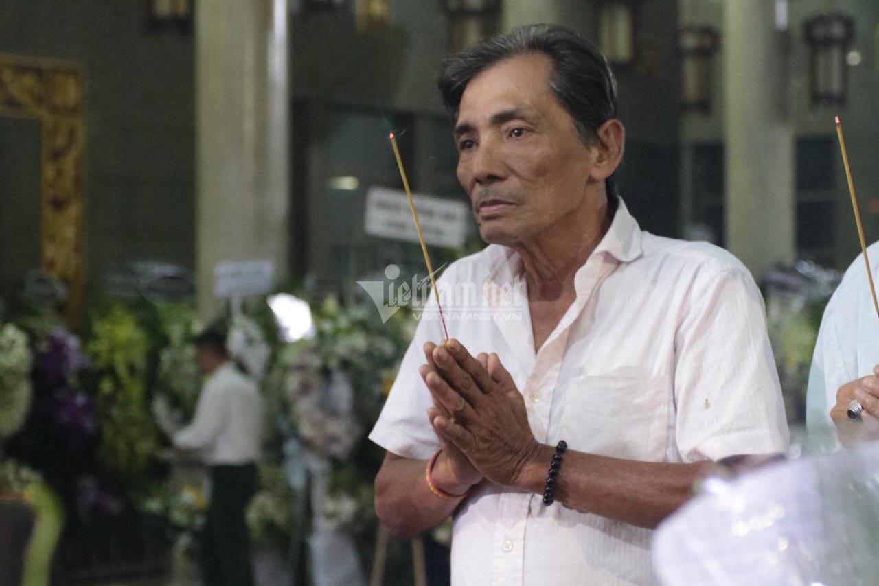 Phút cuối tiễn biệt NSND Lý Huỳnh khiến đồng nghiệp xót xa, 2 tâm nguyện chưa hoàn thành - Ảnh 4.