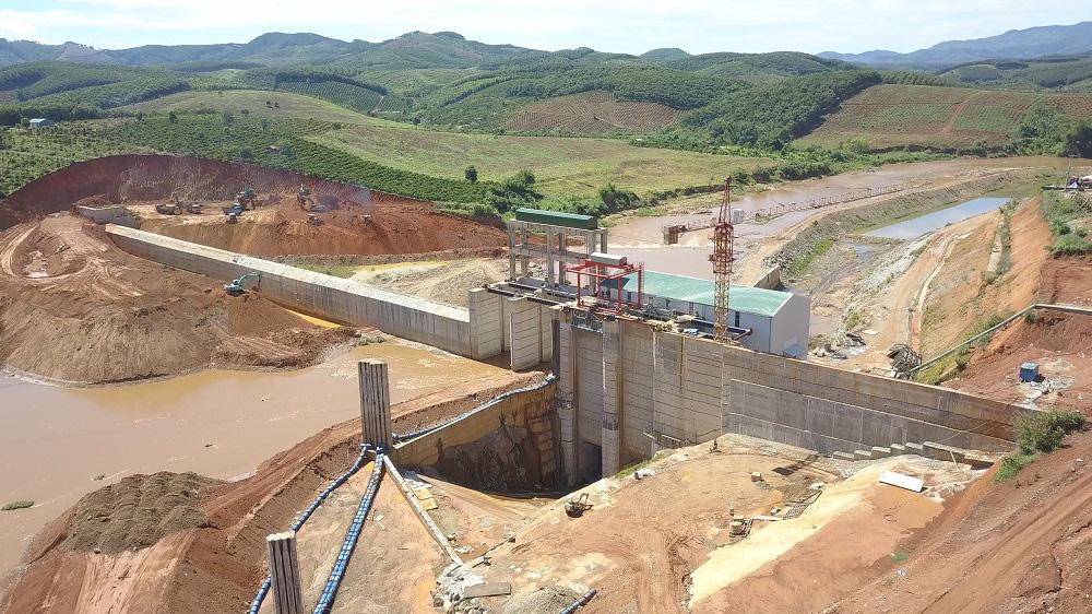 Thủy điện tích nước vô lối ở tỉnh Kon Tum: Hỏa tốc yêu cầu chủ đầu tư dừng tích nước - Ảnh 1.