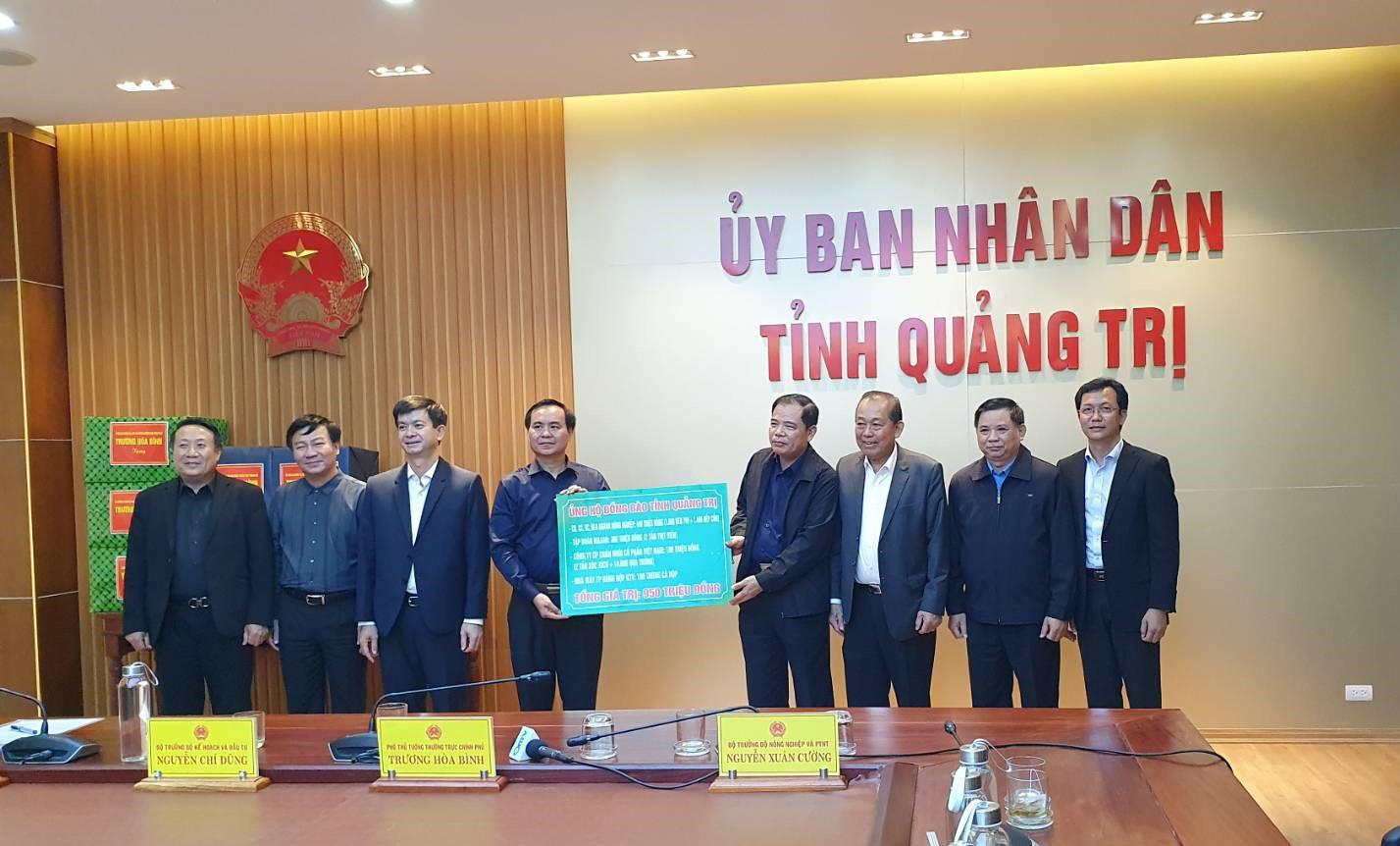 """C.P. Việt Nam """"Hướng về miền Trung yêu thương"""" - Ảnh 4."""