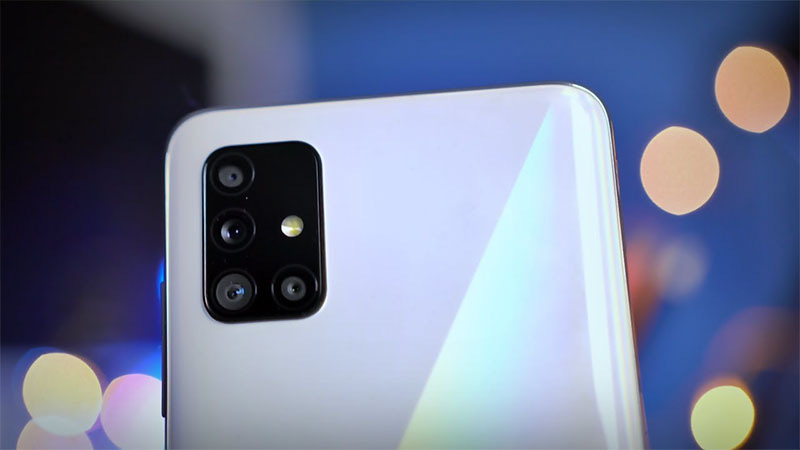 Fan Samsung Việt Nam nóng lòng chờ điện thoại này, chụp ảnh và pin khủng - Ảnh 2.