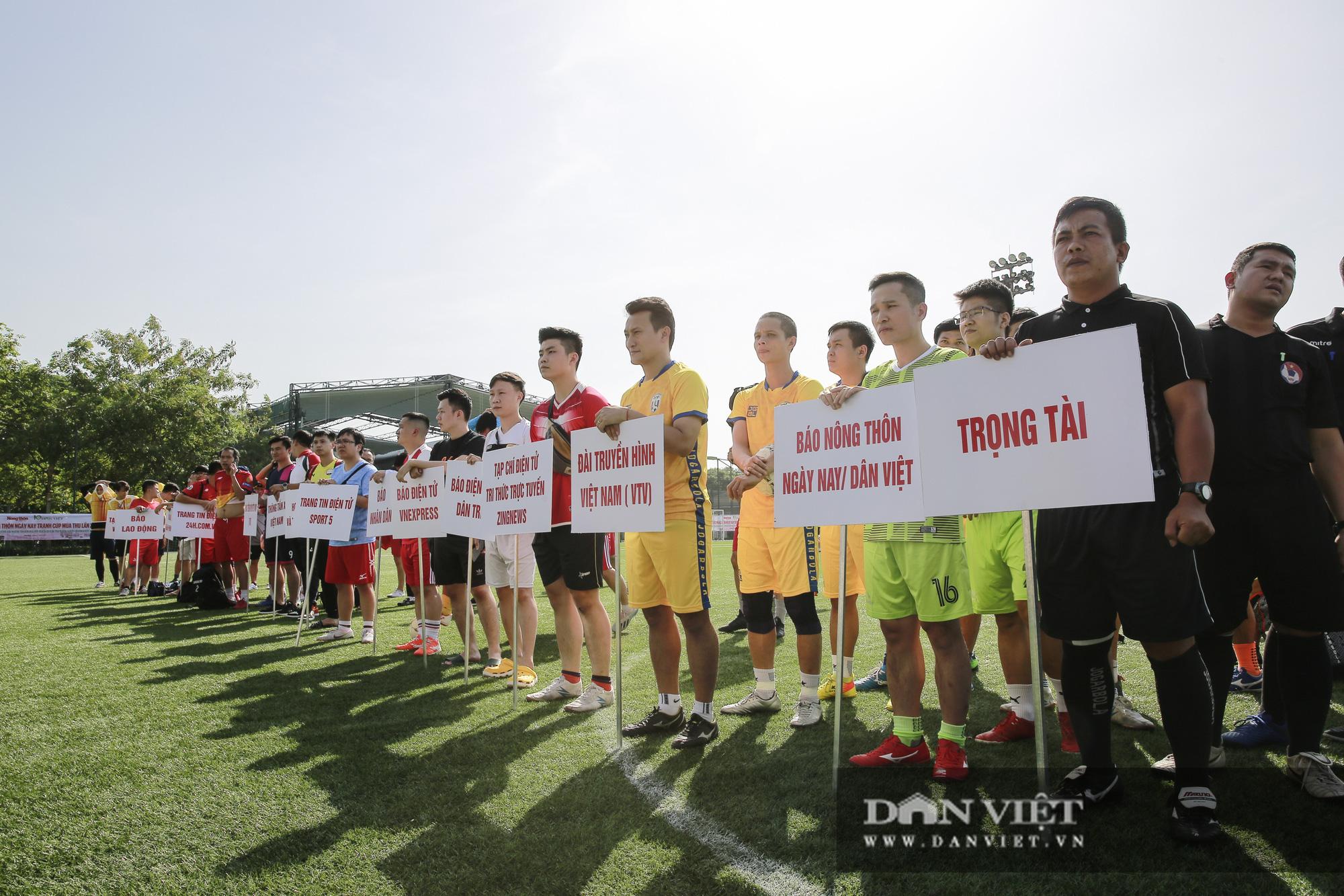 Giải bóng đá báo Nông thôn Ngày nay/Dân Việt lần thứ 12 chính thức khởi tranh - Ảnh 2.