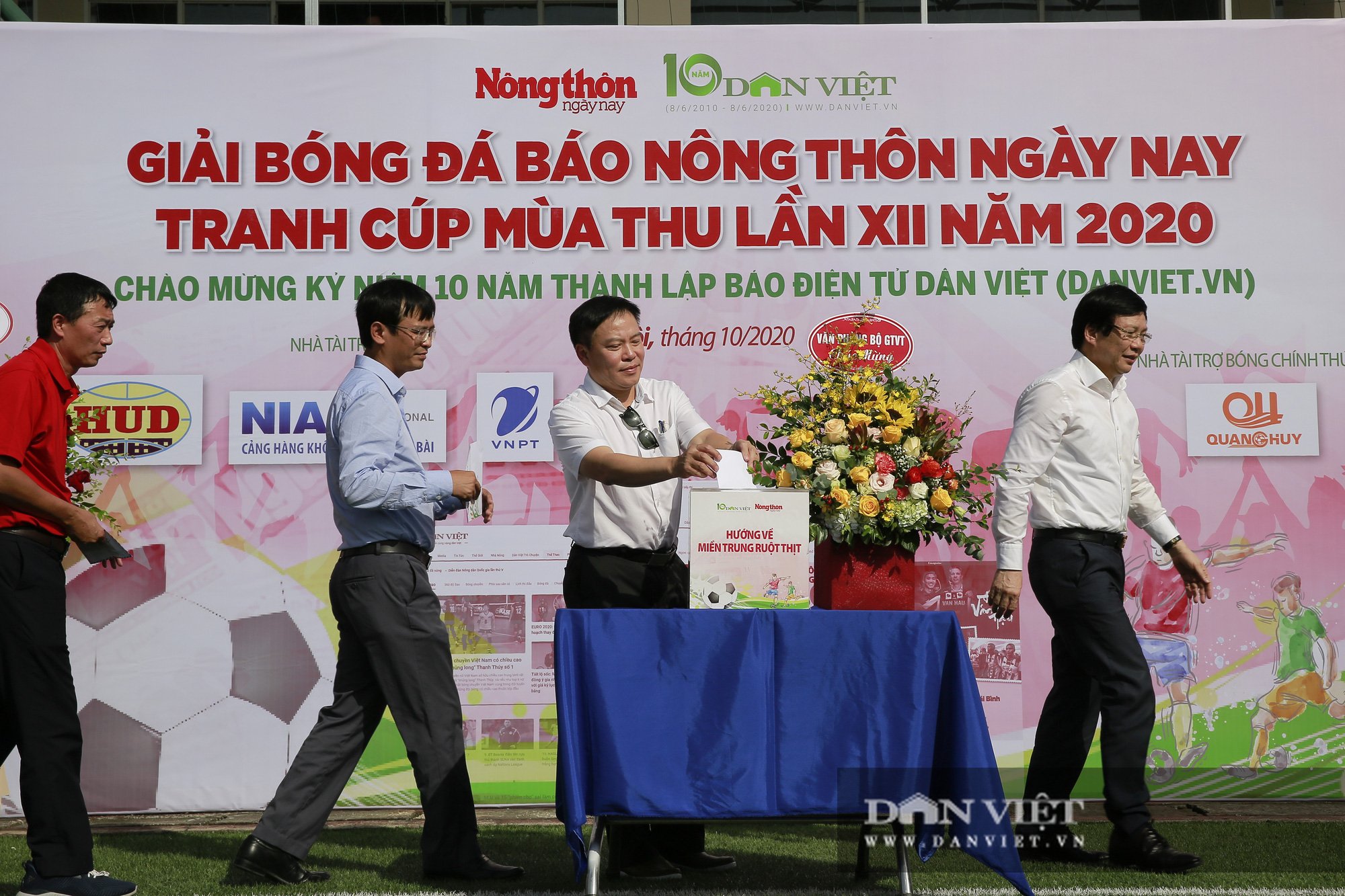 Giải bóng đá báo Nông thôn Ngày nay/Dân Việt lần thứ 12 chính thức khởi tranh - Ảnh 9.