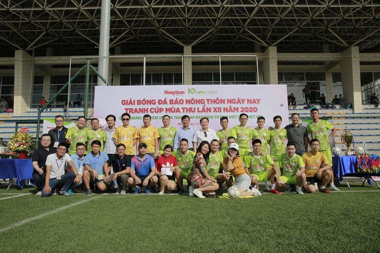 Khai mạc Giải bóng đá NTNN/Dân Việt 2020: Nối vòng tay lớn hướng về miền Trung - Ảnh 4.