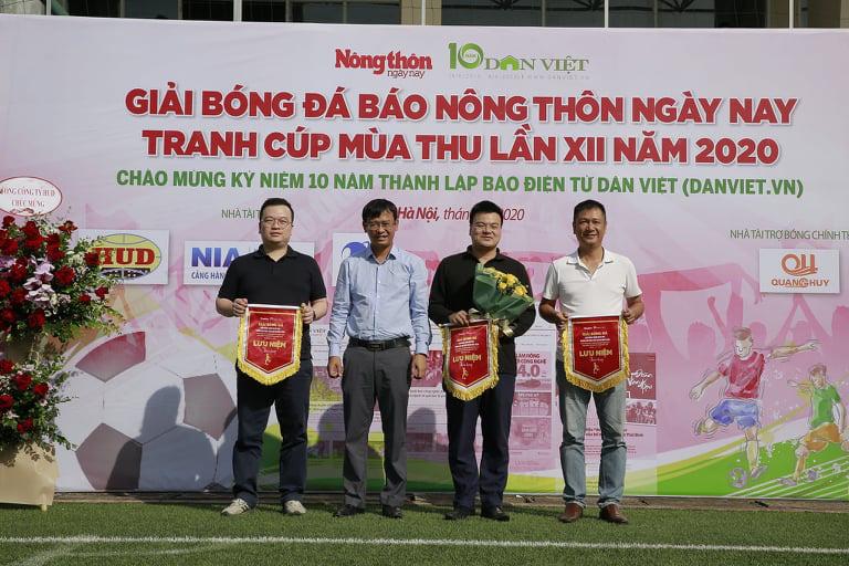 Khai mạc Giải bóng đá NTNN/Dân Việt 2020: Nối vòng tay lớn hướng về miền Trung - Ảnh 3.