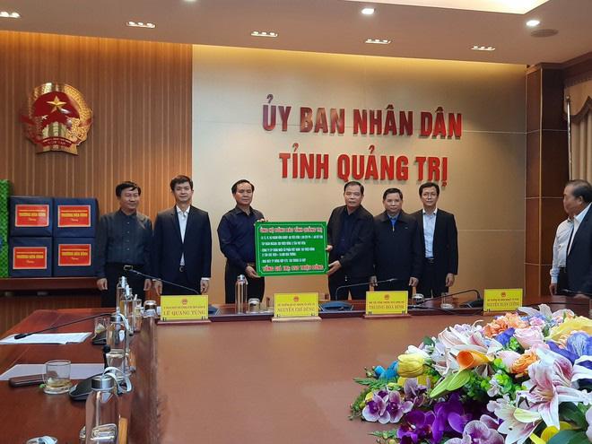 Masan ủng hộ 6 tấn thịt viên và hàng trăm ngàn sản phẩm đến miền Trung - Ảnh 1.