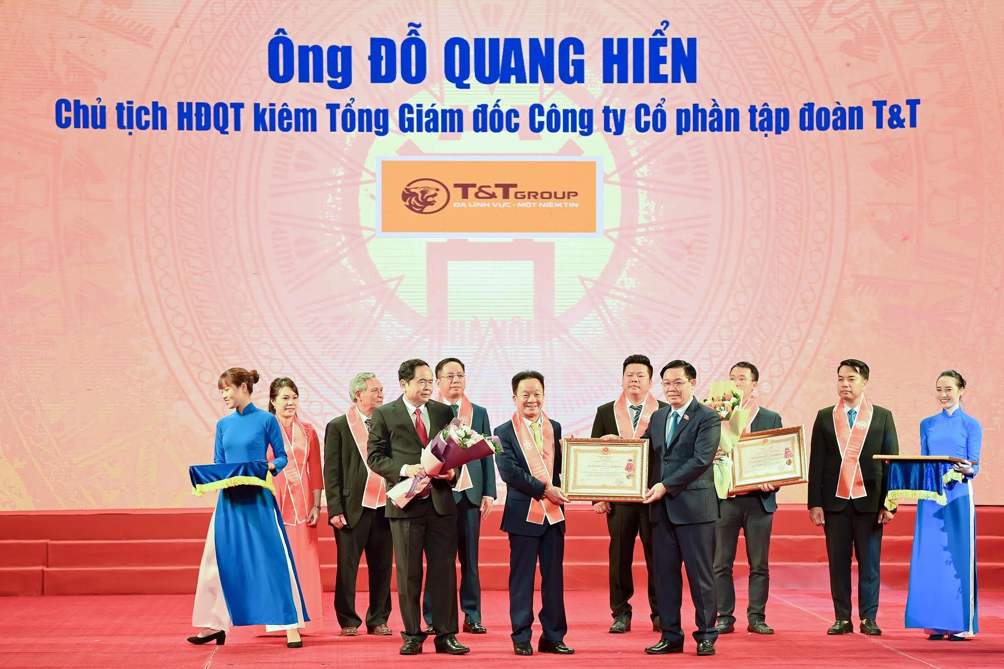 Vì sao Chủ tịch SHB Đỗ Quang Hiển được trao tặng Huân chương Lao động hạng Nhất - Ảnh 1.