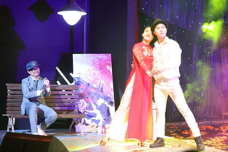 """Bất ngờ và ấn tượng với màn mix thơ của thi sĩ Xuân Quỳnh trong đêm """"Trời biếc thu sang""""  - Ảnh 3."""