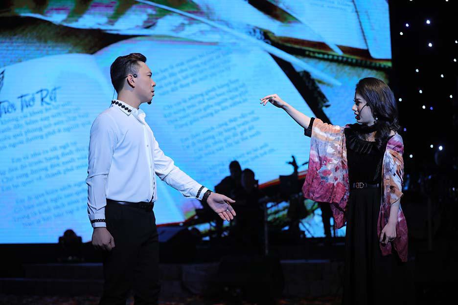 """Bất ngờ và ấn tượng với màn mix thơ của thi sĩ Xuân Quỳnh trong đêm """"Trời biếc thu sang""""  - Ảnh 4."""