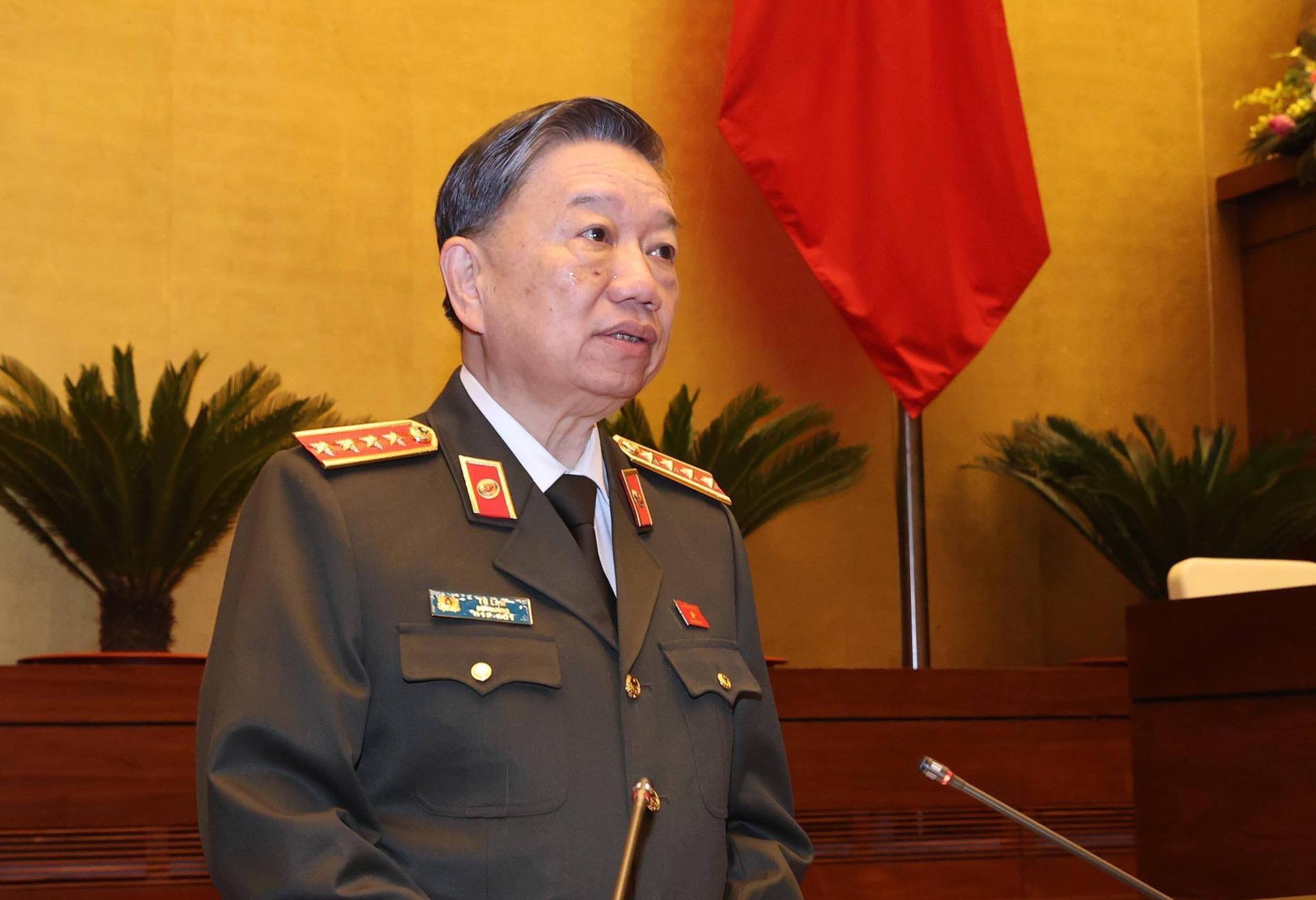 Bộ trưởng Tô Lâm: Tội phạm về tham nhũng ít hơn năm ngoái  - Ảnh 1.