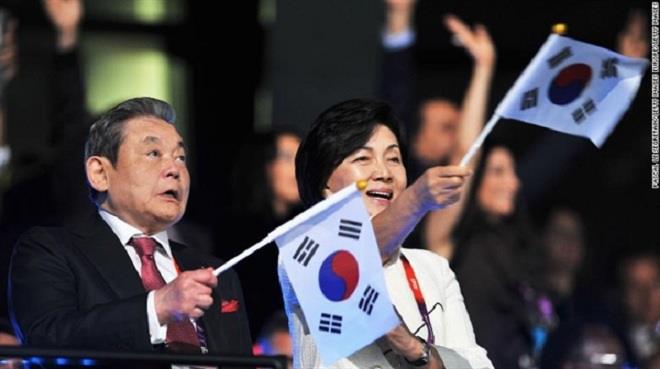Ai được thừa kế khối tài sản khổng lồ của Chủ tịch Samsung? - Ảnh 4.
