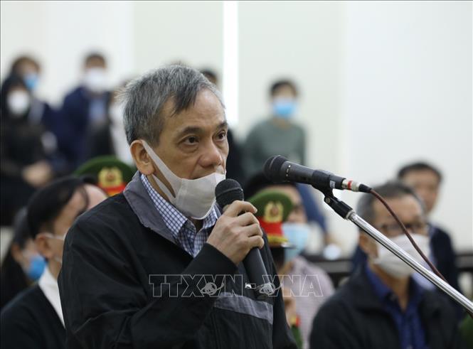 Ông Trần Bắc Hà dọa cách chức nguyên Phó Tổng Giám đốc BIDV - Ảnh 1.