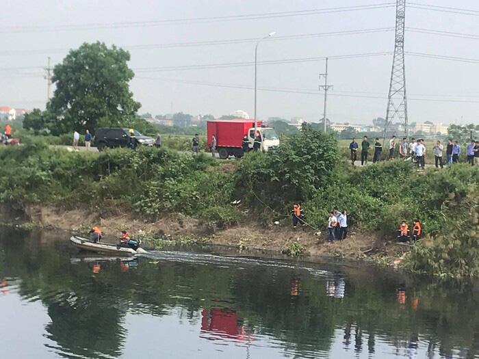 Sốc hiện trường vụ nữ sinh học viện Ngân hàng bị cướp tài sản, thi thể dưới sông Nhuệ - Ảnh 8.
