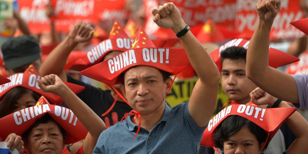 Quá nhiều bài học đau đớn, vì sao các nước vẫn lún sâu vào bẫy nợ Trung Quốc? - Ảnh 3.