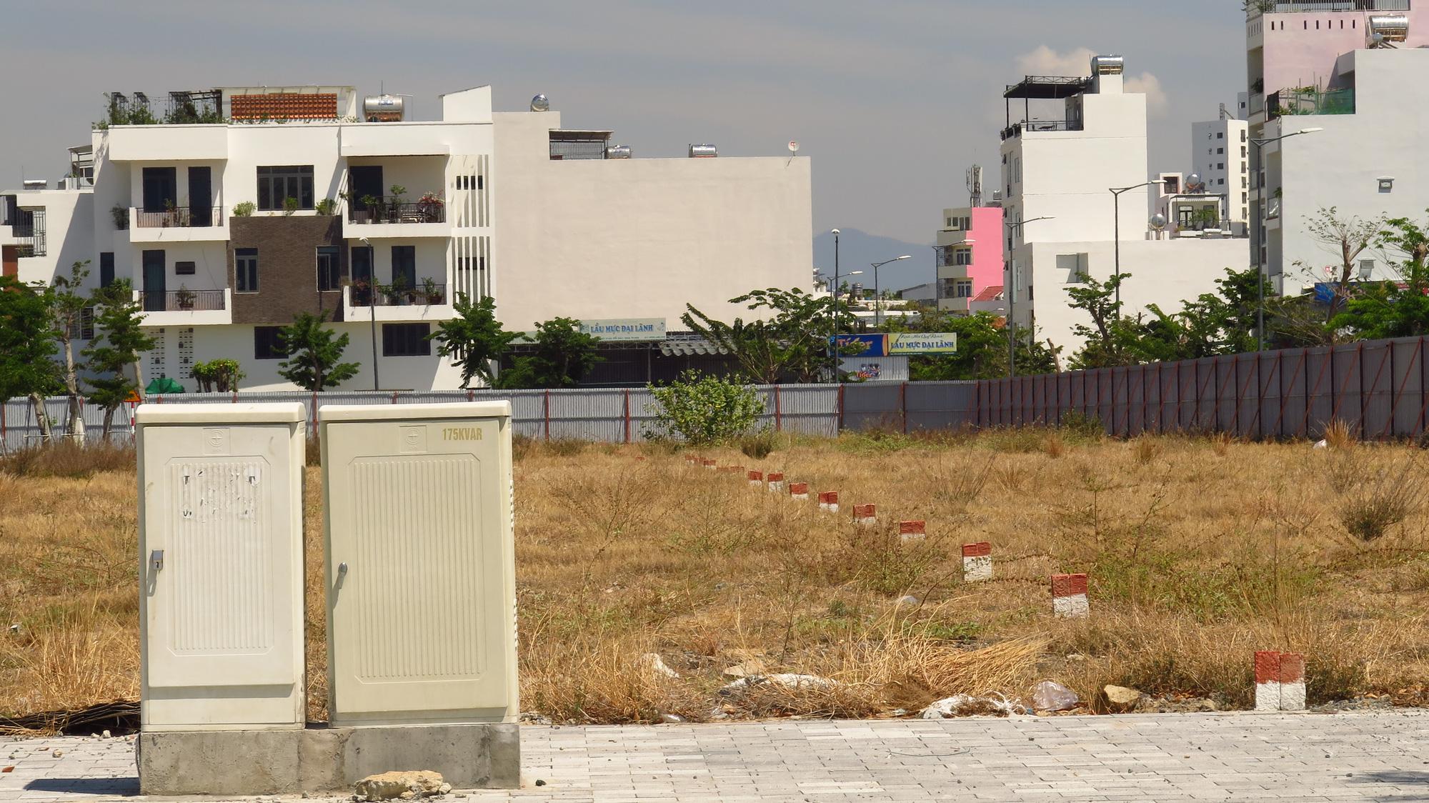 Condotel đóng băng, giá nhà đất Đà Nẵng và Nha Trang lao dốc giảm sâu - Ảnh 3.