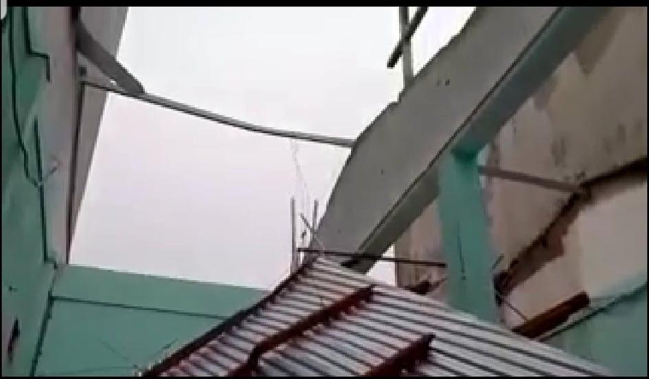 """Bãi """"chiến trường"""" mà bão số 9 tràn qua và để lại ở Quảng Nam, Quảng Ngãi - Ảnh 9."""