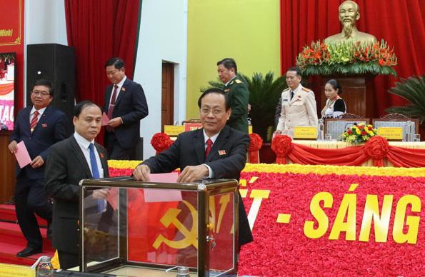 Tân Bí thư Tỉnh ủy Ninh Thuận 2020-2025 là ai? - Ảnh 3.