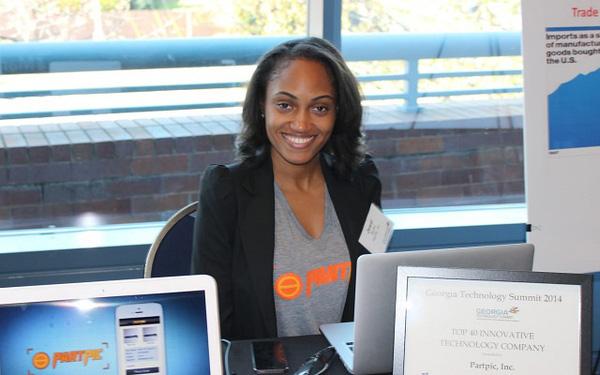 Bán lại startup cho Amazon, nữ sáng lập về đầu quân cho Google - Ảnh 1.