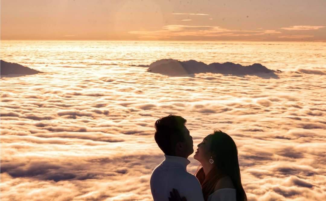 Bí kíp săn mây vừa đẹp vừa rẻ tại Sa Pa  - Ảnh 1.