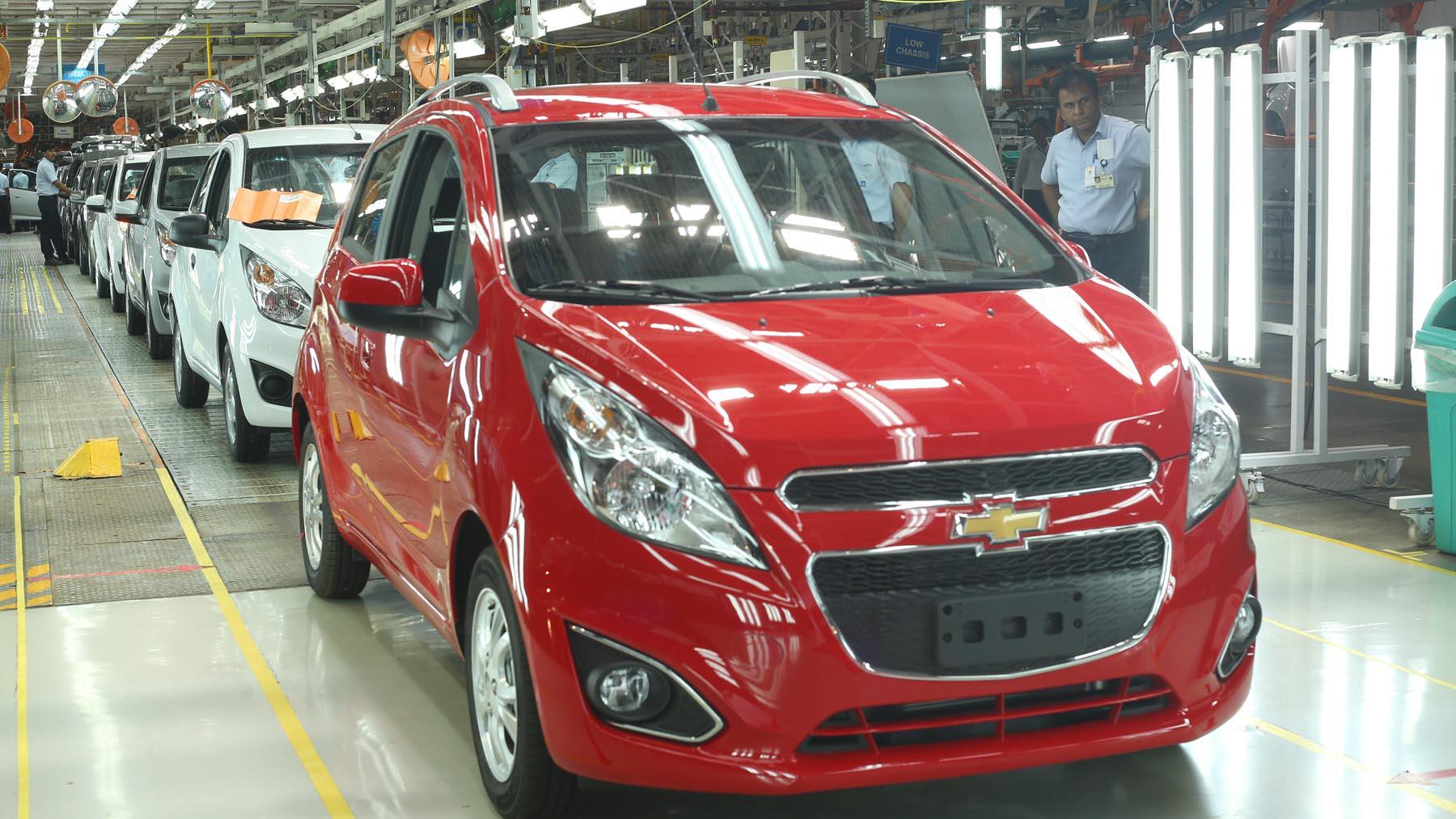 """Vì sao xe ô tô Ấn Độ có giá """"siêu rẻ""""?  - Ảnh 1."""