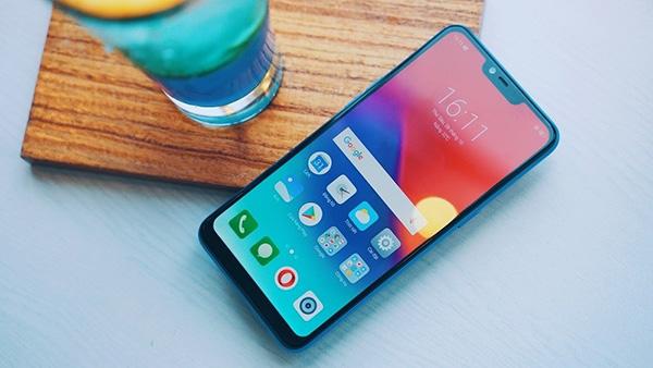 Lựa chọn điện thoại cho người già: Vsmart màn to, pin khoẻ - Ảnh 5.