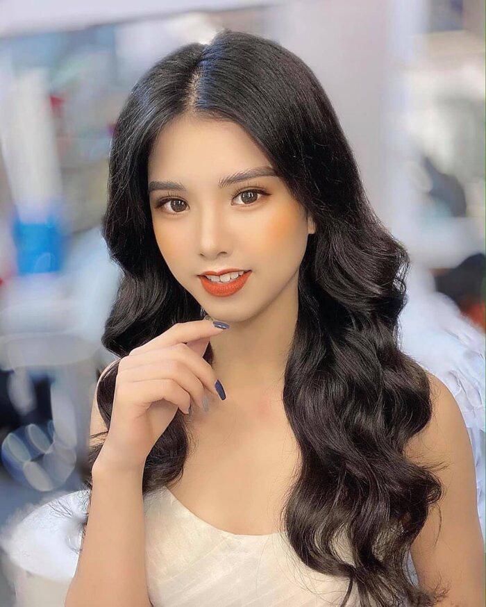 """5 thí sinh quyến rũ """"đốn tim"""" được đặc cách vào Bán kết Hoa hậu Việt Nam 2020 là ai? - Ảnh 6."""