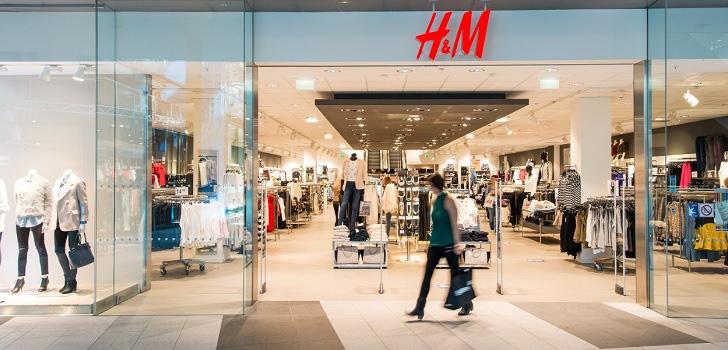 H&M sẽ đóng 250 cửa hàng vào năm tới - Ảnh 1.