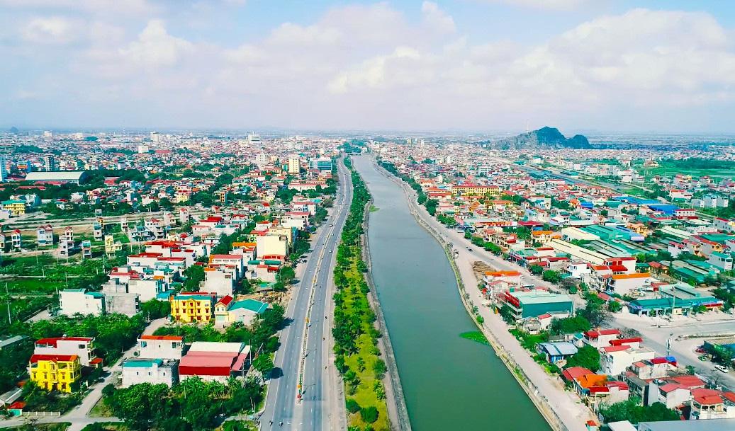 Ninh Bình phấn đấu đạt nông thôn mới vào năm 2024 - Ảnh 4.