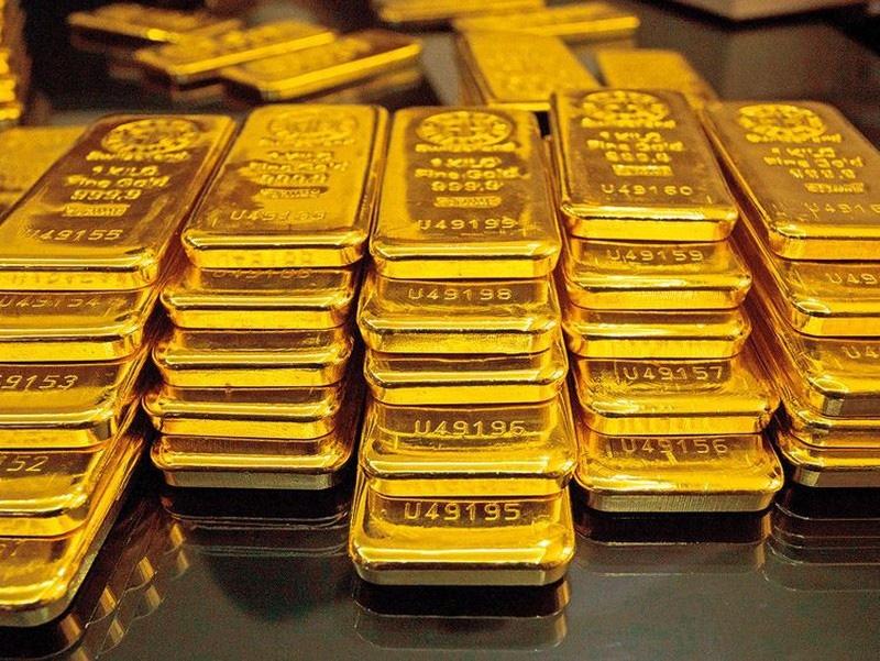 Giá vàng hôm nay 18/10: Kết thúc tuần vàng thế giới giảm 1% - Ảnh 1.
